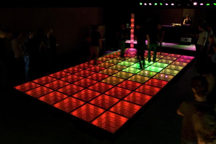 De duurzame dansvloer die in Watt Rotterdam zijn primeur beleefde