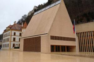 Liechtenstein, Gebouw van het parlement