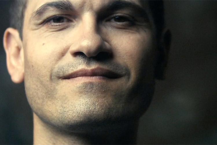 Frédéric Bourdin speelt zichzelf in The Imposter