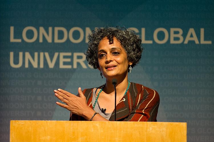 Arundhati Roy (foto:flickr/uclnews)