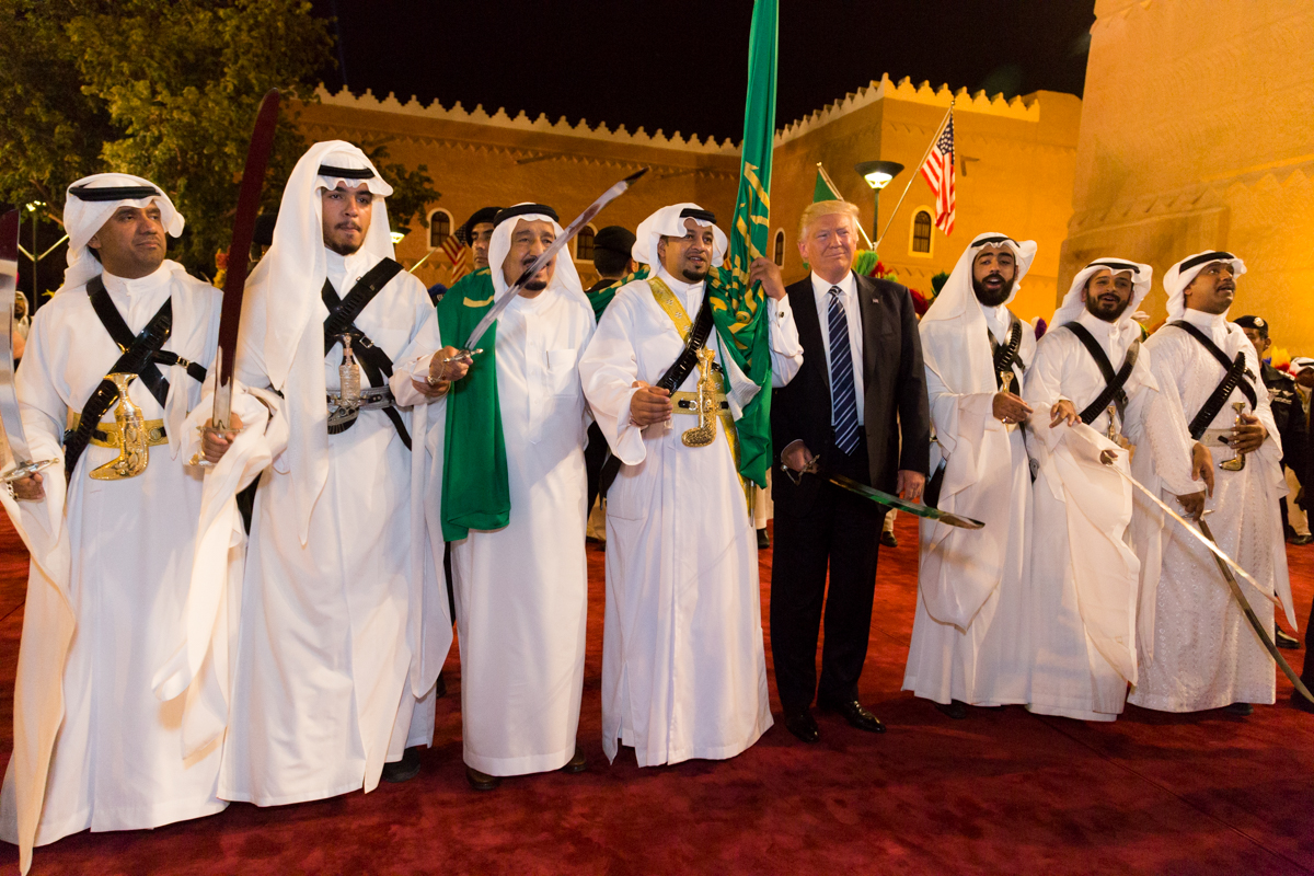 President Donald Trump en enkele vrienden (copyright foto: Witte Huis)