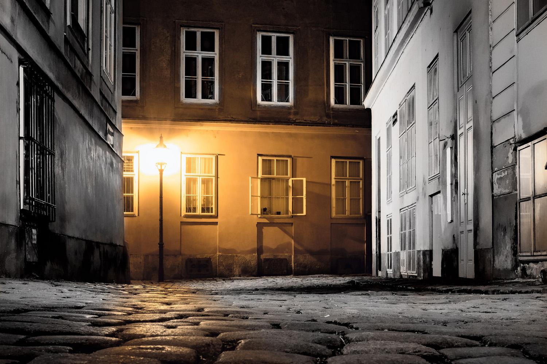 Dreiging halt altijd in de straten in de roman van László Krasznahorkai (foto:flickr/simonmatzinger)
