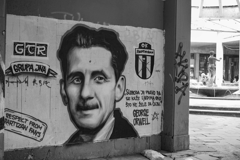 George Orwell op graffiti in Belgrado (foto:flickr/loranger)