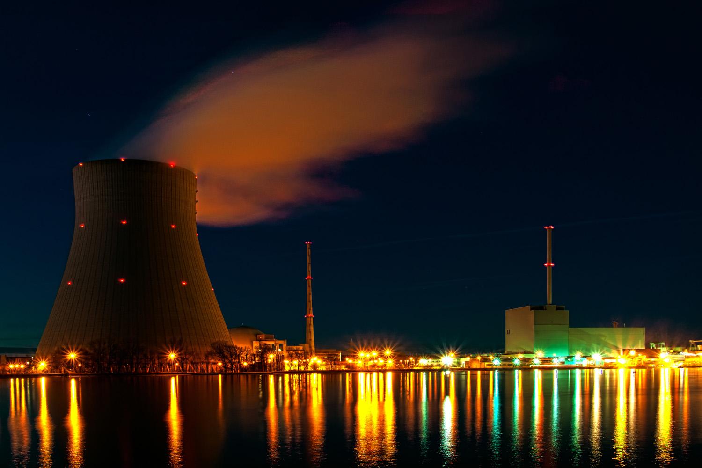Kerncentrale aan de Isar in Beieren (foto:flickr/bagalute)