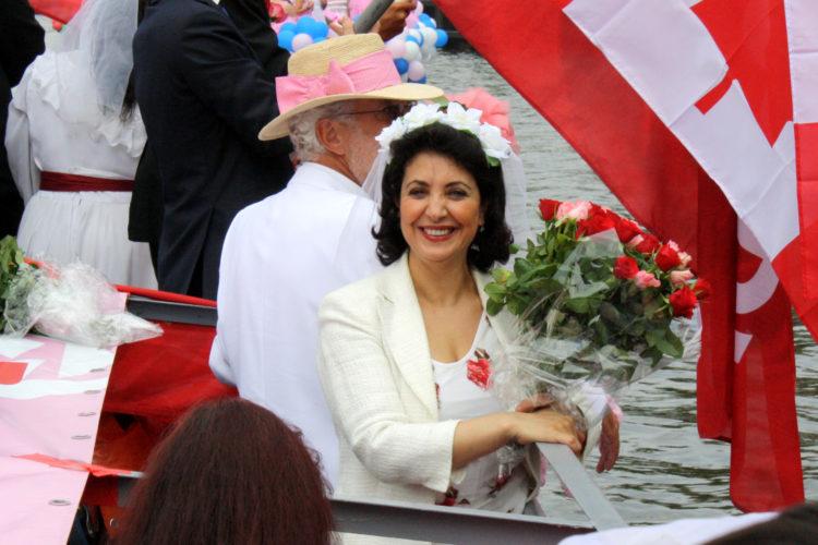 Parlementsvoorzitter Khadija Arib bleek stiekem lid van de PvdA (foto:flickr/pvda)