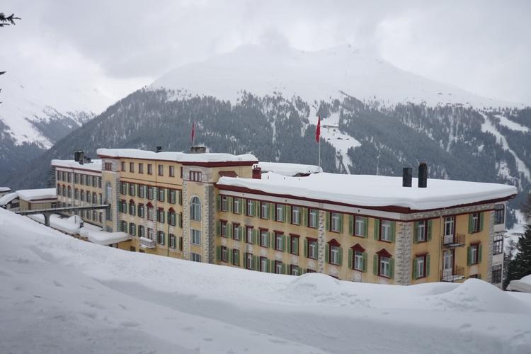 Het sanatorium in Davos dat model stond voor De Toverberg van Thomas Mann (bron:Wikipedia)